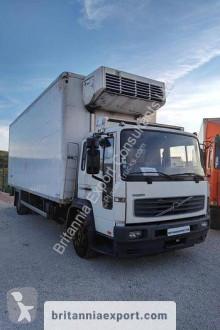 Volvo hűtőkocsi teherautó FL 220-15