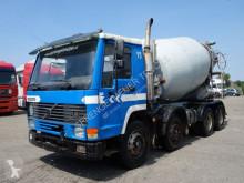 Camión hormigón cuba / Mezclador Volvo F10