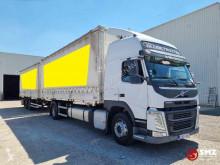 Camión remolque lona corredera (tautliner) Volvo FM