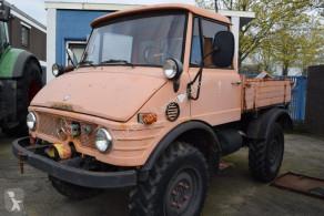 CamionMercedes Unimog U421