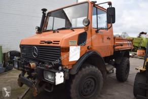 CamionMercedes Unimog U 1400