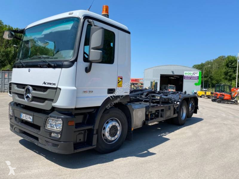 View images Mercedes Actros 2532 NL truck