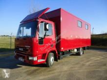 شاحنة Iveco Eurocargo 80 E 16 عربة نقل الخيل مستعمل