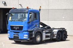Camión Gancho portacontenedor MAN TGS 33.360