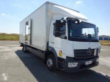 Lastbil Mercedes Atego 1218 NL kassevogn med flere niveauer brugt
