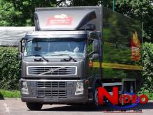 Camión furgón Volvo FM 300