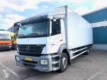 Camión furgón Mercedes Axor