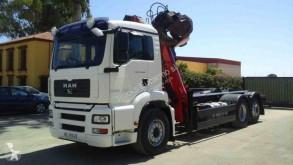 Camión MAN Gancho portacontenedor usado