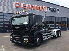 Kamión Iveco Trakker hákový nosič kontajnerov ojazdený