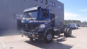 Camión chasis Mercedes SK 1824
