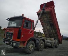 Camión MAN 33.331 volquete usado