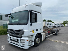 Camion portacontainers Mercedes Actros 1844