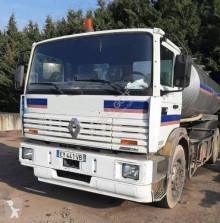 Camión cisterna de agua Renault Gamme G 270