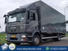 Ciężarówka furgon MAN TGM 12.240