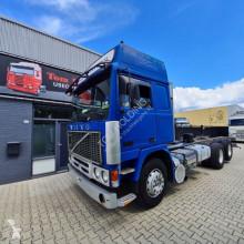 Camión chasis Volvo F12 F12 6X2 Globetrotter full steel TD121F