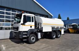 Kamión cisterna MAN TGS 33.400 BB