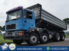 Camión MAN F2000 volquete volquete trilateral usado