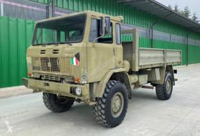 Kamion armádní Iveco 90pm16