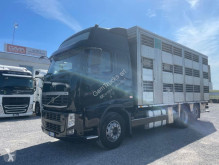Camion bétaillère Volvo FH