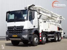 Camion Mercedes Arocs 3243 pompe à béton occasion