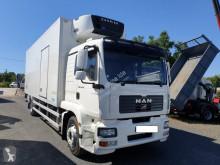 Camião frigorífico multi temperatura MAN TGM 18.330