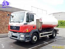 Camion cisterna prodotti chimici MAN TGM