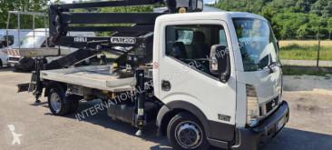 Camion nacelle Nissan Cabstar