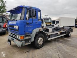 Lastbil DAF 2100 polyvagn begagnad