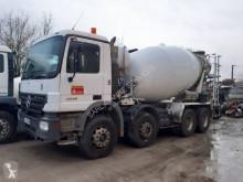 Camion béton Mercedes Actros 3236