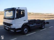 Camion châssis Mercedes Atego 1023
