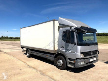 Camion fourgon Mercedes Atego 1224 L