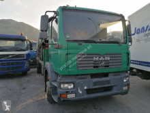 Camión portamáquinas MAN TGM 18.280