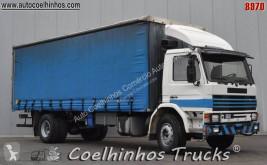 Lastbil Scania M 92M skjutbara ridåer (flexibla skjutbara sidoväggar) begagnad