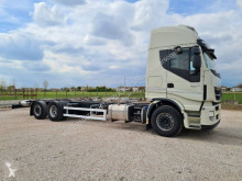 Camión chasis Iveco Stralis 260 S 46