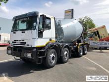 Camión hormigón cuba / Mezclador Iveco Eurotrakker