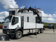 Lastbil flatbed sidetremmer Iveco Trakker 260T45 Trakker 6x4 Hiab 477 E-6 + Jib +Seilwinde