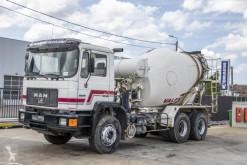 Camion béton toupie / Malaxeur MAN 33.322