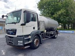 Kamión cisterna vozidlo na prepravu potravín MAN TGS 18.360