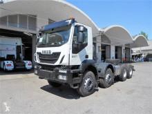 Camion telaio Iveco Trakker 500