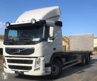 Caminhões chassis Volvo FM 420