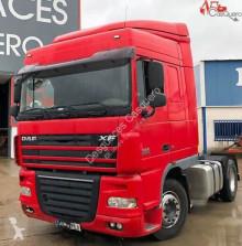 Camión chasis DAF XF 105.460