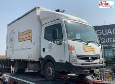 شاحنة عربة مقفلة Nissan CABSTAR