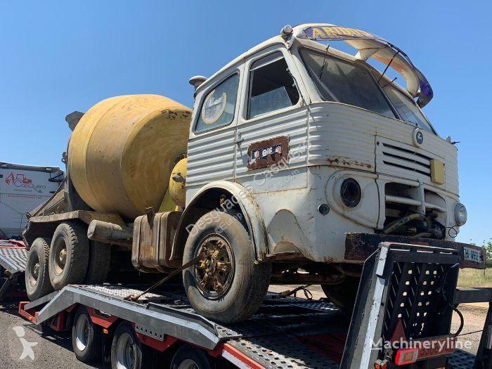 Vedere le foto Camion Pegaso 3060