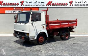 Camião Iveco usado
