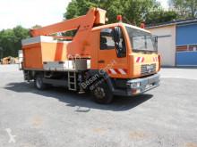Camion nacelle MAN L2000 mit Wumag WT 170