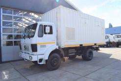 Ciężarówka furgon Mercedes 1017