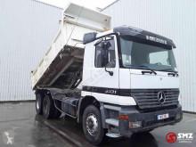 Camión volquete Mercedes Actros 3331