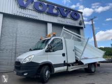 Caminhões basculante tri-basculante Iveco Daily 70C17