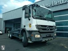Camion polybenne Mercedes Arocs 2636