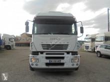 Camión Iveco Stralis 350 furgón usado